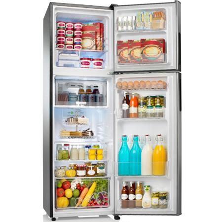 Nội thất tiện lợi giúp người dùng dễ dàng sắp xếp thực phẩm