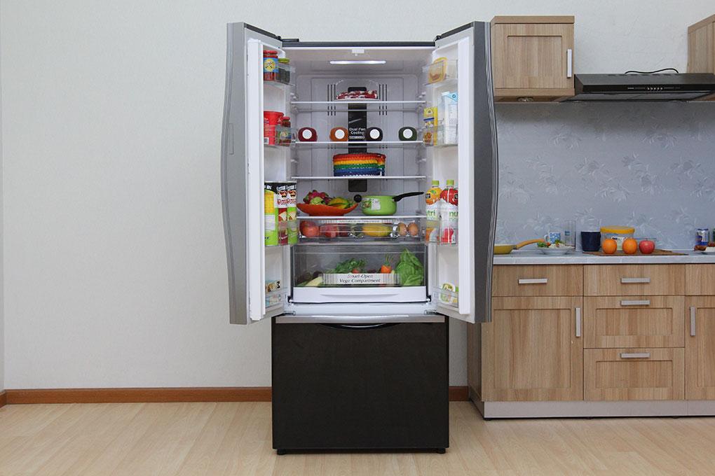 Tủ lạnh Hitachi R-WB545PGV2 GBW là tủ lạnh 3 cửa với kích thước lớn