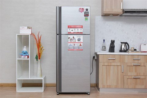 Thiết kế hiện đại, kiểu dáng sang trọng, dung tích lên đến 394 lít với Tủ lạnh SJ-XP 430 PG-SL