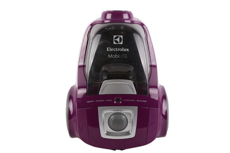 Máy hút bụi Electrolux thiết kế thời trang, gọn nhẹ, công suất lớn 1800 W