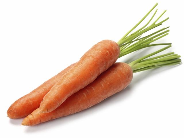 Cà rốt ở bên ngoài 1 ngày trước khi đưa vào tủ lạnh để có thể phân giải hết độc tố