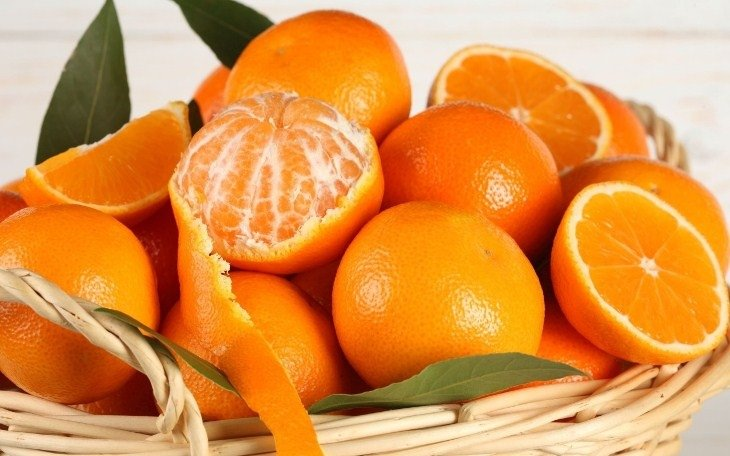 Vỏ cam quýt giúp khử mùi tủ lạnh vô cùng hiệu quả