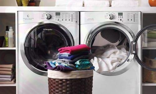 Máy giặt lồng ngang có thiết kế sang trọng