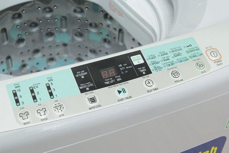 Bảng điều khiển của máy giặt hitachi cửa trên