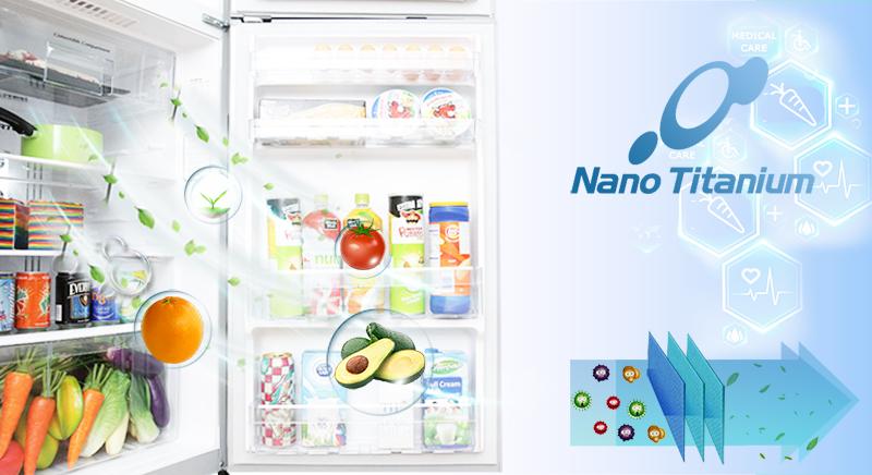 Bộ lọc Nano Titanium giúp không khí bên trong tủ luôn tươi mới, thực phẩm được bảo quản ngon hơn