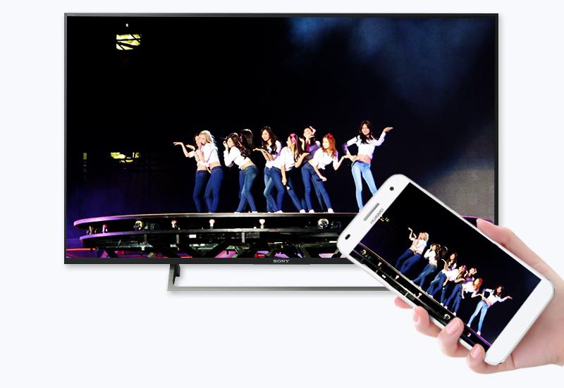 Khả năng chia sẻ hình ảnh từ điện thoại lên tivi thông qua Screen Mirroring