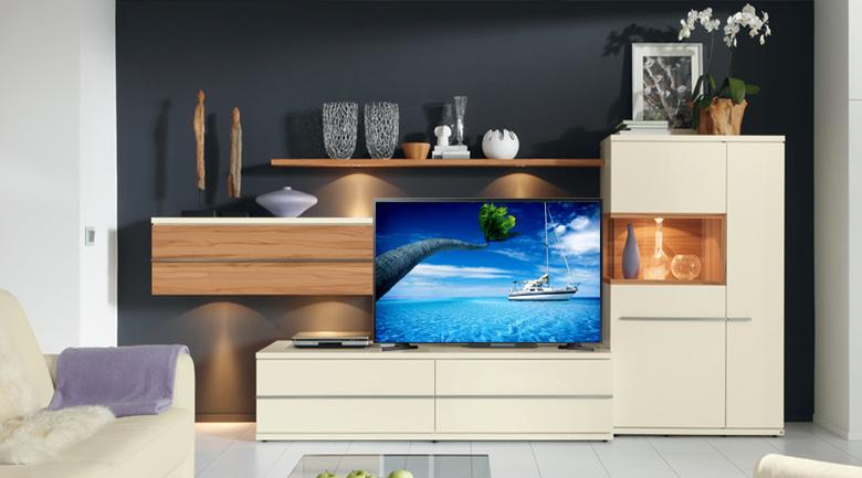 Thiết kế sang trọng, tinh tế Tivi LED Samsung UA32N4000