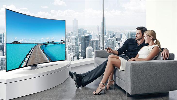 Hiện nay có rất nhiều tivi có sở hữu thiết kế màn hình cong và phẳng hiện đại, đẹp mắt