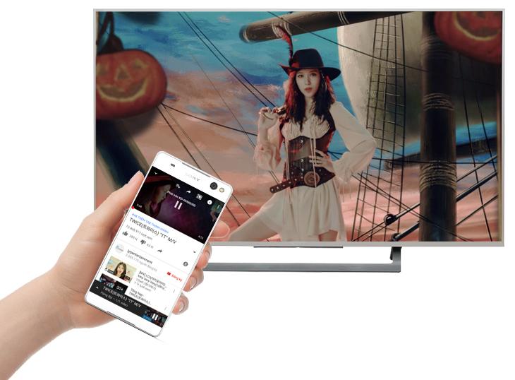 Khả năng trình chiếu màn hình điện thoại lên tivi Sony 43X7500 đơn giản