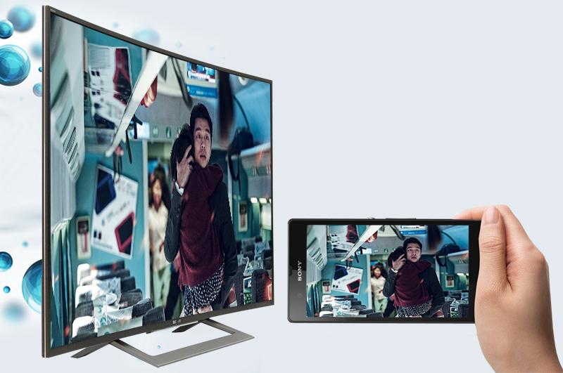 Điều khiển trạng thái của tivi qua điện thoại qua ứng dụng Sony Video TV SideView.