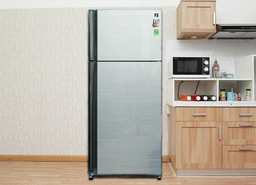 Tủ lạnh Sharp SJ-XP630PG-SL - Thiết kế trang nhã, hiện đại, tiện nghi