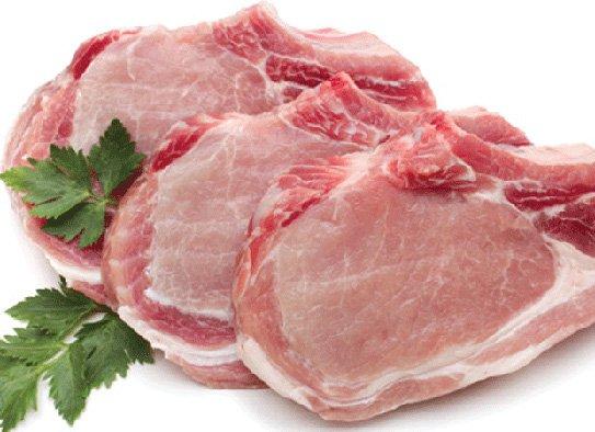Thịt cá trước khi bảo quản trong tủ lạnh cần được làm sạch để loại bỏ mùi hôi, chất bẩn và vi khuẩn