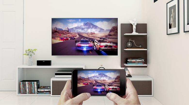 Chiếu màn hình điện thoại thông minh lên tivi bằng tính năng Screen Mirroring trên Smart Tivi QLED Samsung 4K 49 inch QA49Q6FN
