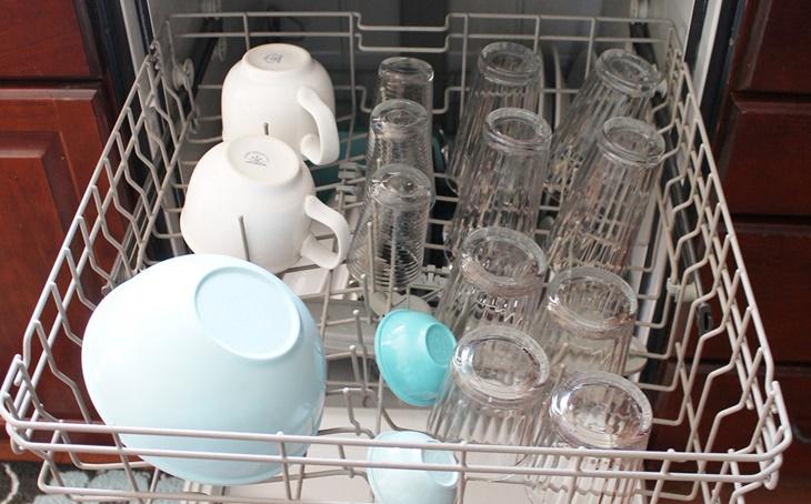 Những điều cần biết khi sử dụng máy rửa bát lần đầu